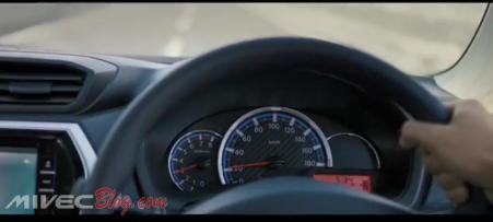 Teaser Datsun Go CVT - Panel Speedo dengan Tachometer