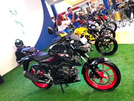 Warna Baru GSX-S150 Keyless, Daytona Yellow dan Titan Black CW Rouge Red