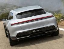 Porsche Taycan (5)