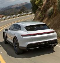 Porsche Taycan (8)