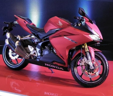 New CBR250RR 2018 warna baru - Bravery Mat Red