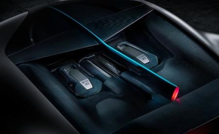 Mesin Bugatti Divo, masih sama dengan Chiron