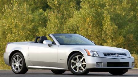 Cadillac XLR Roadster