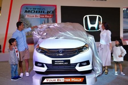 Launching New Mobilio Facelift 2019 (6)