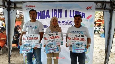 Para pemenang Lomba Irit 1 Liter Mio S Batam