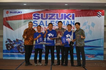 Para pemenang Suzuki Salesman Competition 2019 (2)