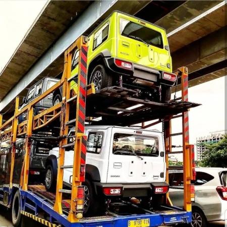 Penampakan Suzuki Jimny Diangkut Truk