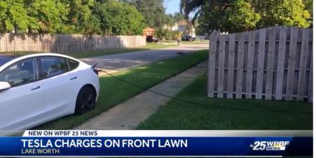 Curi Listrik untuk Charge Tesla Model 3