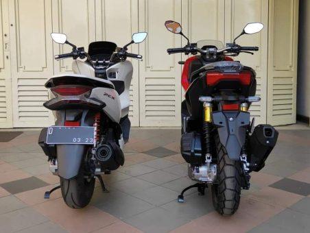 Honda ADV150 bersanding dengan Honda PCX (3)
