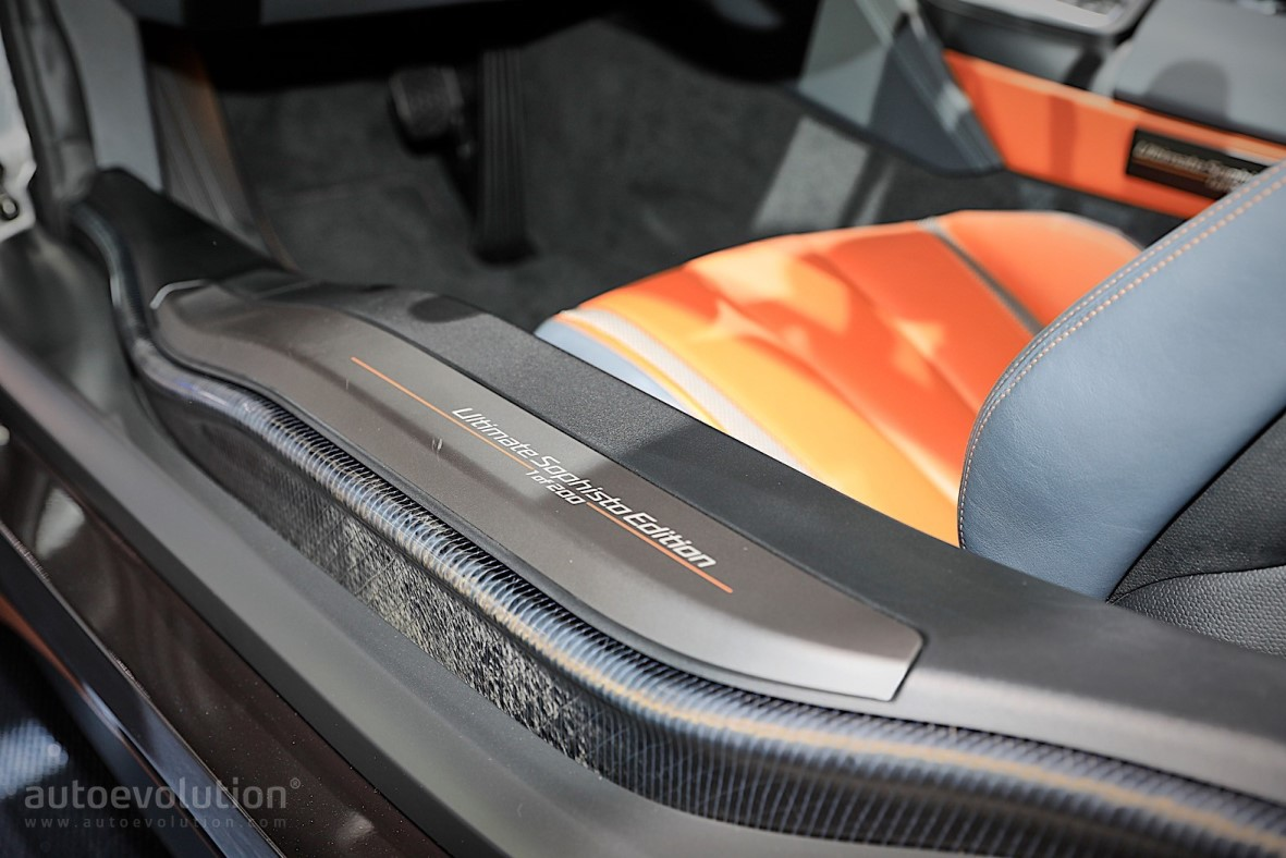 Emblem BMW i8 Ultimate Sophisto Edition di Silplate