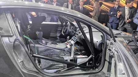 Bugatti Chiron Longtail Pemecah rekor, amburadul interiornya