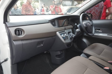 New Toyota Calya Facelift (8)