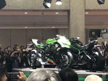 Kawasaki ZX-25R diperkenalkan di TMS 2019