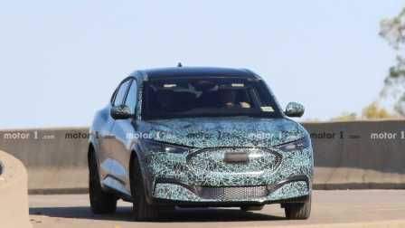 Spyshot Crossover Listrik Ford Mach E