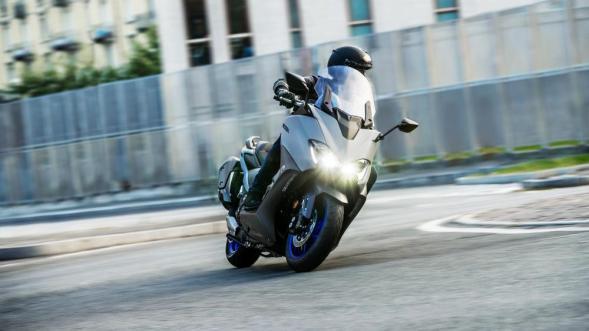 Yamaha TMAX 560 - 2020 (1)