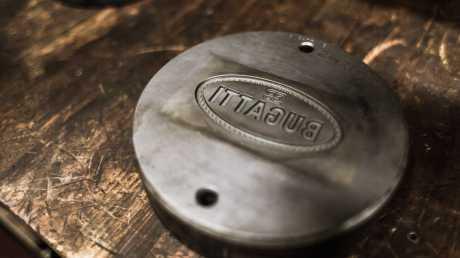 Emboss Badge Bugatti